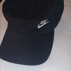 Women's Nike baseball hat , black